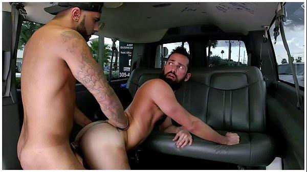 X videos garotos putos fodendo dentro do carro