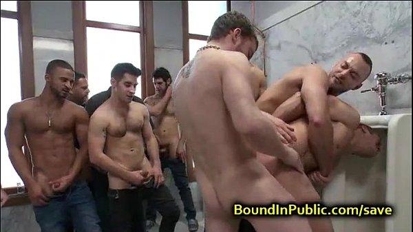 Porno suruba gay safados metendo gostoso